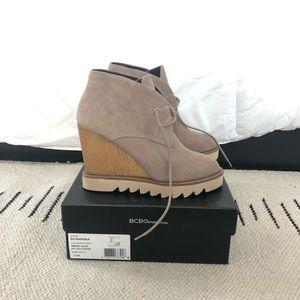 ef4ac800574f BCBGeneration Shoes - Hardly Worn BCBG Taupe Lace Up Wedges 10  Nariska